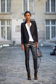 1000 images about Bbeauty on Pinterest Zoe saldana Angela. street style Paris Fashion Week Spring 2015.