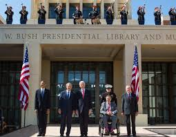 president and mrs bush shared the librarys opening day with all living presidents dignitaries and supporters of the bush center bush library oval office