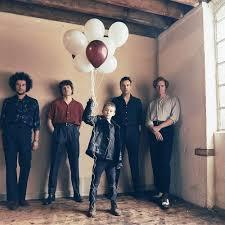 <b>The Kooks</b> - lyt til musikken på Deezer | Musikstreaming