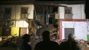 Resultado de imagen para Sube a 5 la cifra de muertos y hay un millón de evacuados por sismo en Chile