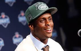 """Eugene Cyril """"Geno"""" Smith III, is currently an American football quarterback for the New York Jets of the National Football League (NFL). - Genonfl_2013draft_24"""