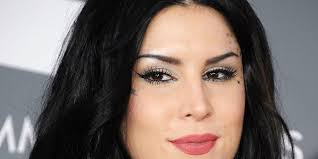 <b>Kat Von D's Makeup</b> Collection Is Now 100% <b>Vegan</b>