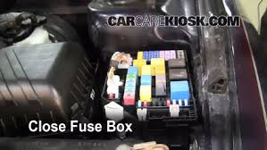 blown fuse check 2004 2009 kia spectra 2006 kia spectra ex 2 0l 6 replace cover secure the cover and test component