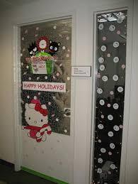 office door holiday decoration contest by mjhmerc via flickr aaron office door decorated