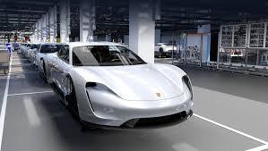 Старший <b>электромобиль Porsche</b> Taycan получит приставку Turbo