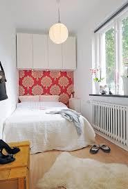 designing small bedroom