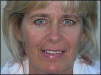 Angela Palmer. Angela used her own body scans to create art - _42520921_angela1203