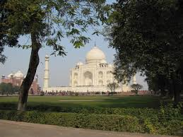couple travels to northern com caption id attachment 5419 align aligncenter width 640 caption mum taj mahal