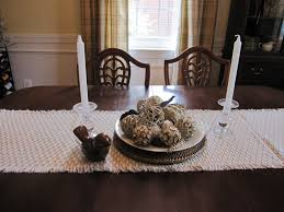 Fine Dining Room Furniture Vase Decor Wooden Table Dining Candles Bouquet Dining Table