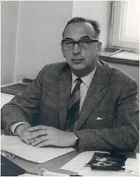 Александр <b>Бахрах</b> в библиотеке <b>А</b>.Белоусенко