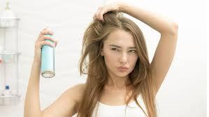 Как пользоваться <b>сухим шампунем для</b> волос: пошаговая ...