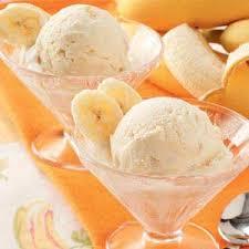 Banánový pohár se zmrzlinou