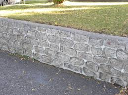 Small Picture cinder block retaining wall foundation Cinder Block Retaining
