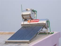 Lắp đặt máy nước nóng năng lượng mặt trời theo nguyên tắc nào?