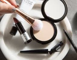 The 8 Best <b>Powder</b> Foundations for Full Coverage in 2020
