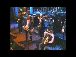 "<b>The Band</b> with Eric Clapton Perform ""The Weight"" - YouTube"