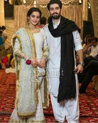 aiman khan and muneeb butt on their dholki night zeenat style aiman khan and minal khan aiman khan muneeb butt on dholki iight