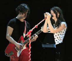 The <b>White Stripes</b> - Wikipedia
