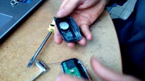 <b>KIA SOUL</b> замена батарейки в ключе - YouTube