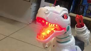Yearoo E-Robot <b>интерактивный динозавр с</b> пультом - YouTube