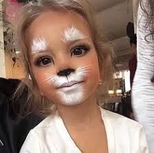 just when you think you 39 ve seen all the cute ways to do cat make up along es another one