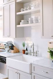 Small Kitchen Makeovers 17 Best Ideas About Small Kitchen Makeovers On Pinterest Small