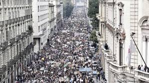 По <b>ряду</b> стран прошли демонстрации в <b>защиту</b> климата ...