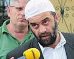 Keta deshtuan qe ti perfaqesoj ky personi ,qe mbanin shpresa - Ramadan Ramadani(poshte foto): ....Tani mbajne shpresa te ky > - RAMADAN_RAMADANI