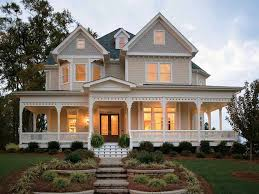 Midwest House Plans at Dream Home Source   Midwestern Style Home PlansDHSW