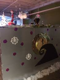 nightmare before christmas decorations cubicle decorations and cubicles on pinterest charming desk decorating ideas work halloween