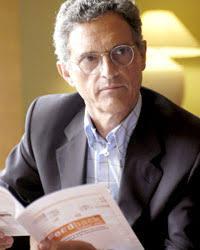 """""""Los comportamientos de compra y venta se estudian mucho en psiquiatría"""" Luis Rojas Marcos aporta su visión analista al motor de la sociedad - 09rojas1"""