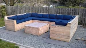 1000 images about diy patiodeck furniture on pinterest pallet furniture pallets and diy patio build pallet furniture