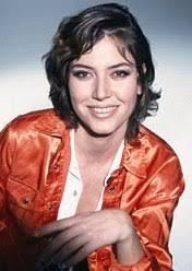 Da tempo riconosciuta come una delle stelle della comicità e della satira, Sabina Guzzanti nasce il 25 luglio 1963 a Roma, dove si diploma presso ... - Sabina_Guzzanti