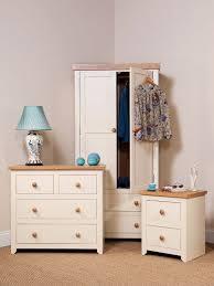 jamestown bedroom furniture details crp jamestown bedroom setting  details