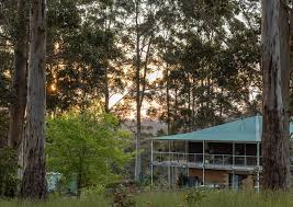 Blue <b>Moon Forest</b> Lodge (Manjimup) - Chalets for Rent in Manjimup ...
