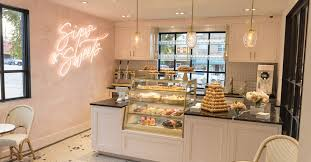 Frosé and Macarons Flow at Kendra Scott's <b>New Jewelry</b> Store Cafe