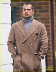 england style steps: henry cavill rocks a serious gray turtleneck in london photo  henry cavill pictures just jared