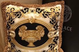 <b>Подушка</b> Versace Le Vase Baroque <b>Medusa</b> | Festima.Ru ...