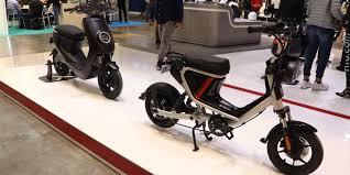 NIU debuts <b>new electric scooters</b> including <b>mini</b> scooter/e-bike hybrid