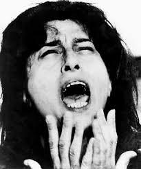 """Ma il vero debutto avviene nel 1934, anno in cui interpreta la pellicola """"La cieca di Sorrento"""" di Nunzio Malasomma. - Anna.magnani4"""