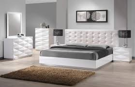 1000 images about amazing bedroom design on pinterest white bedroom furniture sets ipad stand for bed and cheap one bedroom apartments bedrooms with white furniture