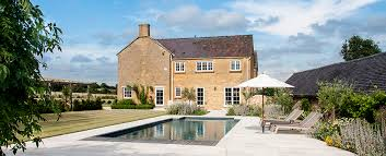 a build home cotswold