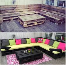 1 DIY Amazing Outdoor Pallet Lounge
