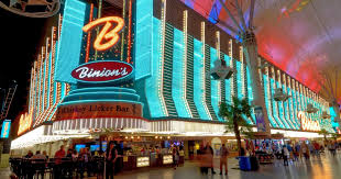 You can find the best of Old Vegas in these <b>retro</b> places