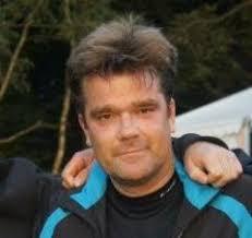 Jeg hedder Lars Henriksen og er født i 1973. Jeg interesserer mig bl.a. (stadig) for mine fag, dansk og historie og anvendelse af it i undervisningen. - 102702e591860a74e6697852f03cb8a8%3Fsize%3D240