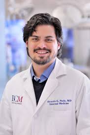 houston doctor gaining recognition for short fiction and essays dr nuila portrait baylor college of medicine