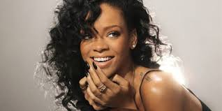 Apa Saja Bekal Unik Rihanna Saat Bepergian? Rabu, 21 November 2012 19:21 | - apa-saja-bekal-unik-rihanna-saat-beperg-34b64b