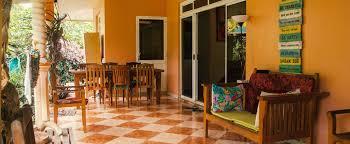 Отели <b>эконом</b>-<b>класса</b> Fare Om (Французская Полинезия Пихаэна ...