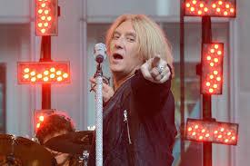 Joe Elliott: <b>Def Leppard</b> Was 'So Far Removed' From Hair <b>Metal</b>
