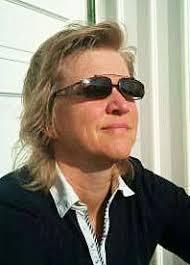 """""""Utmärkelsen Årets alumn tilldelas år 2014 Anna Sandberg för den framträdande position inom mjukvaruutveckling på Ericsson som Anna erhållit, samtidigt som ... - 1457012_a_sandberg"""